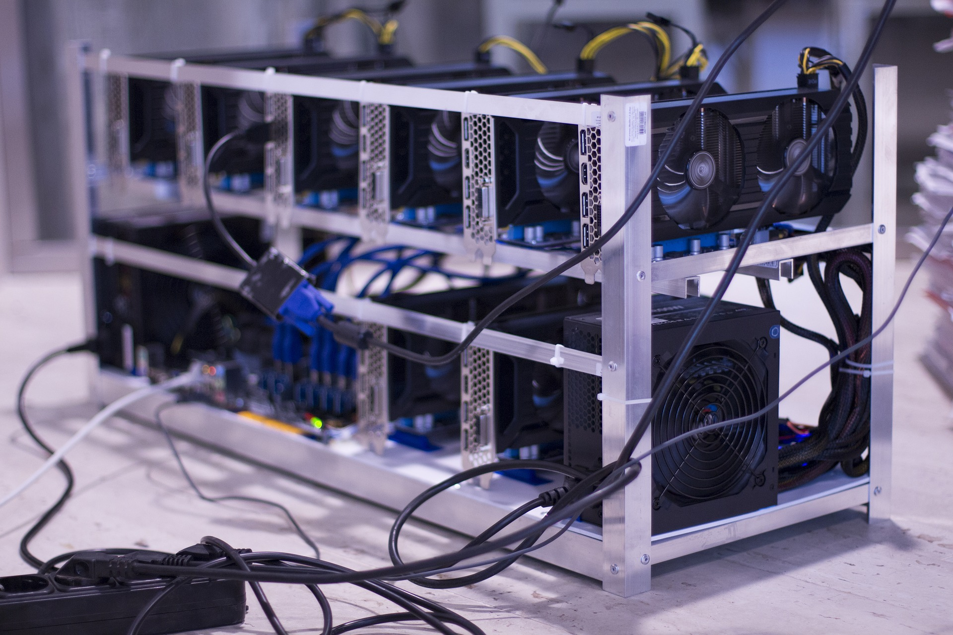 Cryptocurrency mining Colocation